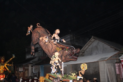 Sanglier version Nyepi